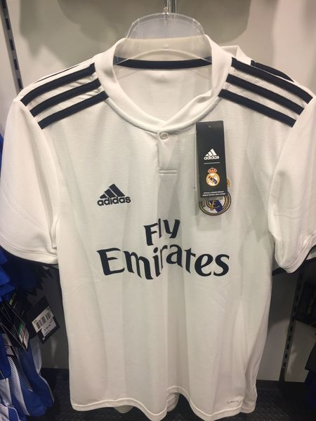 Real Madrid C.F. football team t-shirt for sale Football Football Fever Football Team Football Merchandise Merchandise Shop Store Sport Sports Sports Clothing Team Soccer Soccer Team  T-shirt T-shirts Sponsor Football Fans Adidas Fly Emirates Real Madrid Real Madrid C.F.