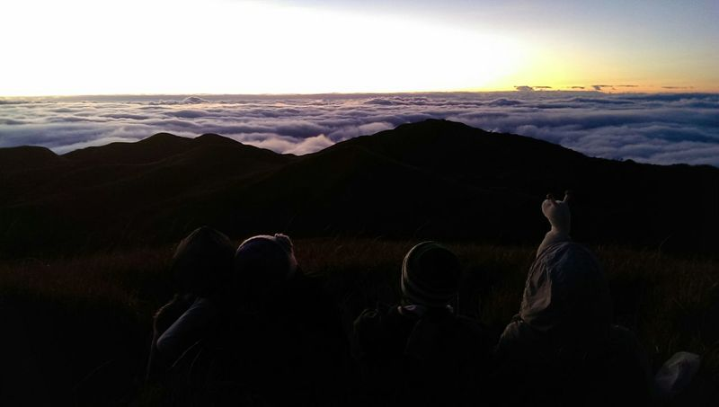 Clouds Cloud And Sky Sea Of ​​clouds Mountains And Sky Sillouette Mt. Pulag Shadow Eyeem Philippines Itsmorefuninthephilippines Hiking