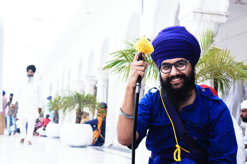 Nihang (Nihung) Singh InMakin! Portrait Nihangsingh Khalsa Sikh Sikhism Beard Sword Kirpan Outdoors Cheerful One Man Only My Unique Style EyeEm Best Shots Perspective EyeEm Gallery From Where I Stand Eye4photography  Popular Photos Uniqueness Miles Away TCPM Stories From The City