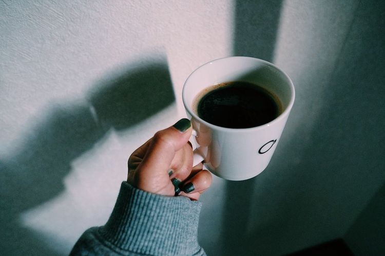 Drink Refreshment Coffee Cup Mug Human Hand Food And Drink Coffee Cup One Person Coffee - Drink Human Body Part Hand Holding Indoors  Real People Personal Perspective Lifestyles High Angle View Freshness Hot Drink