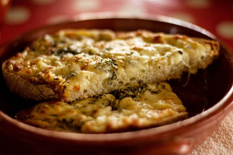 Garlic bread Garlic Bread Close-up Food And Drink Italian Food Pesto Sauce Parmesan Cheese Mozzarella Pizzeria Olive Oil Cooked Prepared Food EyeEmNewHere