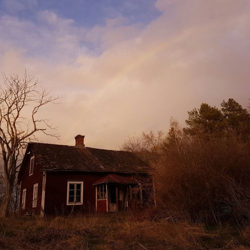 my latest find :) this abandon house is in the video: Dag och Natt with the swedish rapper Petter...♡ Forgotten Places  Petter Music Urbanphotography Abandoned Ue Urbanexploration Photo Of The Day Feeling Thankful Abandoned Buildings