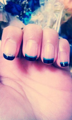 Selfie Spring Nails French Tip Nails