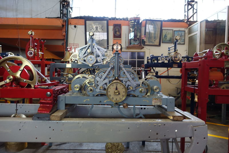 Clock Clockwork Closing Cogs Cogs And Parts Manufacturing Equipment No People Transportation