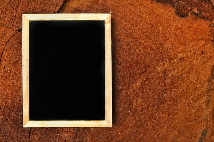 Blackboard on wooden log. Reminder Day No People Close-up Copy Space Portrait Abstract Black Color Blank Photography Themes Retro Styled Photograph Frame Picture Frame Backgrounds Textured  Chalkboard Adventure Space Empty Wooden Wooden Log Brown Camping Hiking