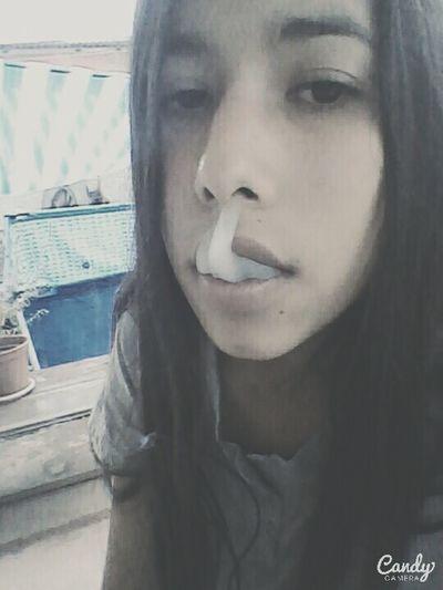 Cigarette  Cigarro A La Fresca Cigarettes 👌💕 Cigarrillos Cascada Selfie ✌ Aburrida ❤✌ Hi!