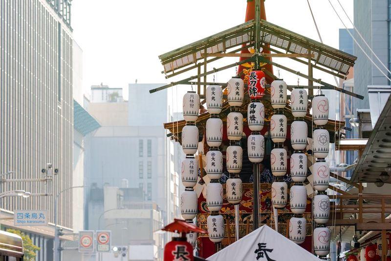 京都祇園祭宵山・長刀鉾 Kyoto Gion Matsuri Yamahoko Floats Taking Photos EyeEm Best Shots Eye4photography  From My Point Of View The Week on EyeEm Built Structure Architecture Building Exterior Building Low Angle View Sky Day