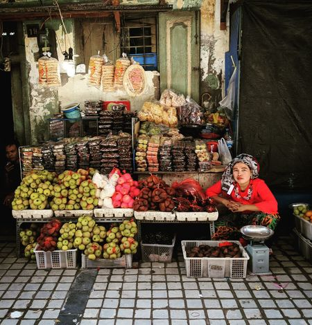 Fruit Stand Fruit Stall Fruit Stand Fruit Fruit Market Village Woman Around The World Plants And Flowers Village Life Woman Power INDONESIA Woman Ladies women around the world Travel Destinations Travel Fruits And Vegetables Fruit Photography Snakefruit Grapes 🍇 Women Artist Art Exotic Small Business One Person Store Retail  For Sale Variation Food And Drink Market Business Finance And Industry One Woman Only Food Business Outdoors People Real People Portrait Press For Progress