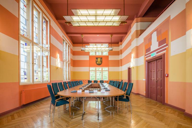 Ratssaal Neuenhagen Architecture Orange Rathaus Ratssaal Versammlung Building Interior Design