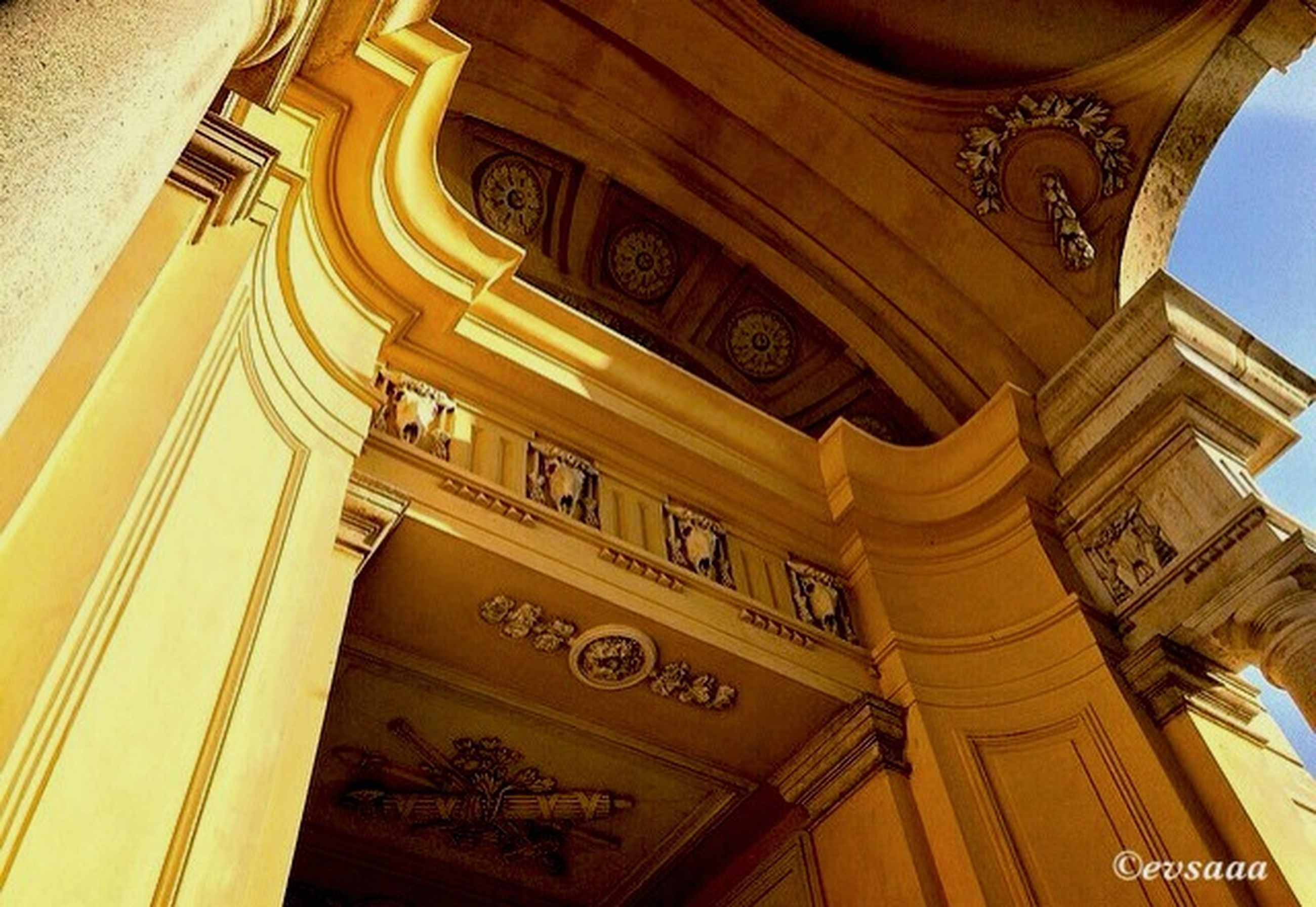 architecture, low angle view, built structure, building exterior, indoors, ornate, history, design, architectural feature, arch, famous place, pattern, religion, place of worship, no people, travel destinations, building, text, ceiling, architectural column