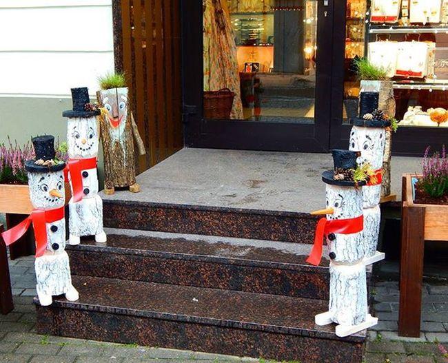 Vilnius Lithuania Lietuva Snowman Sniegavīrs Decoration Decorations Dekoracijas Dekorācija Christmas Christmastime Ziemassvetki Ziemassvētkulaiks Travel