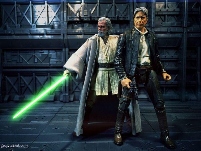 Han Solo and Luke Skywalker. Hasbrotoys Starwars Starwarstheblackseries TBSFF Starwarsphotography HasbroStarWars StarWars6inch Hasbroblackseries Starwarstoyfigs Starwarstoyphotography Hansolo Scruffylookingnerfherder Lukeskywalker BlackSeries6Inch