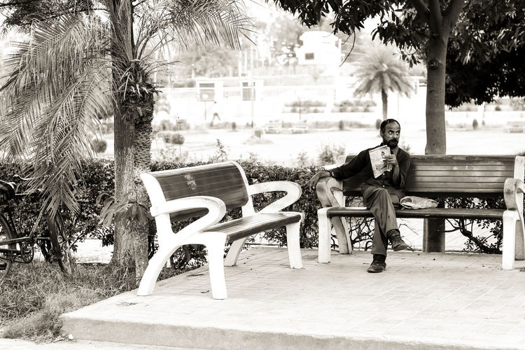 50mm F1.8 B&w Street Photography Bench Sitting EyeEm Gallery Close-up Canonphotography Motion Canon Eos  Adults Only Only Men One Man Only Full Length Canon80d Men Building Exterior One Person Outdoors Canon Eos  The Week On EyeEm
