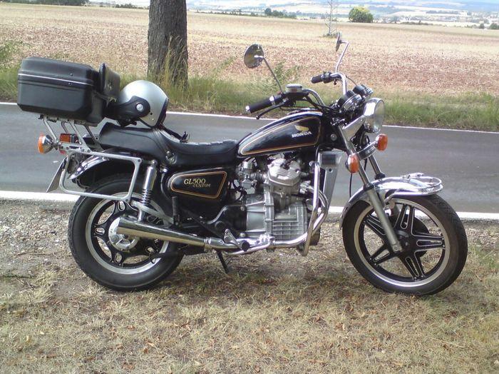 500er Honda auch Güllepumpe genannt. Seit 31 Jahren zuverlässig wie ein schweizer Uhrwerk.