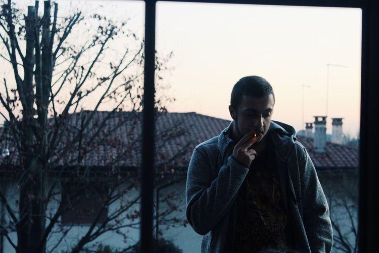 Man Friend My Friend ❤ Cigarette  Fumo Terrazza Felpa Skinhead Teen Teenagers  In Love Smoke Italy Party Chill Nostalgic  Nostalgia Alone