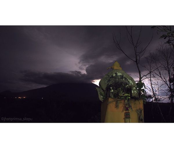Strom of Mount Agung, Bali, Indonesia One Man Only Night Outdoors Adults Only Only Men One Person People Adult Tree Nature Sky Lightning Gunungagung mount agung