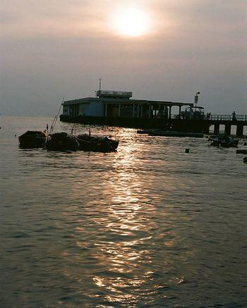 Minoltax700 Fujichrome Fuji業務用400 HongKong Hongkongsunset Sunset Lammaisland Ferry Fishvillage