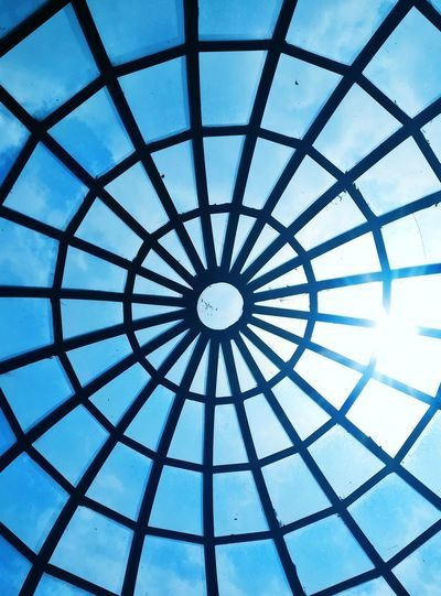 Sky Blue EyeEm Best Shots EyeEm Nature Lover Concentric Modern Full Frame Pattern Backgrounds Window Circle Sky Architecture Built Structure Architectural Design Architecture And Art Skylight Arched Symmetry Geometric Shape Architectural Detail Square Shape Circular Entryway LINE Architectural Feature The Traveler - 2018 EyeEm Awards The Creative - 2018 EyeEm Awards 10