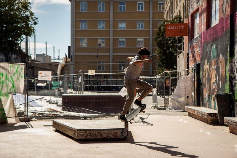 """ Nose slide "" I have new skate shots ! Skateboarding Getting Inspired Eye4photography  EyeEm Best Shots Open Edit Enjoying Life Urban Shootermag Portrait Of A Friend Cityscapes Urban Lifestyle"