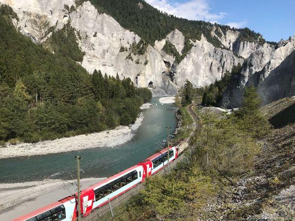 Glacierexpress Ruinaulta Rheinschlucht Graubünden Switzerland Outdoors