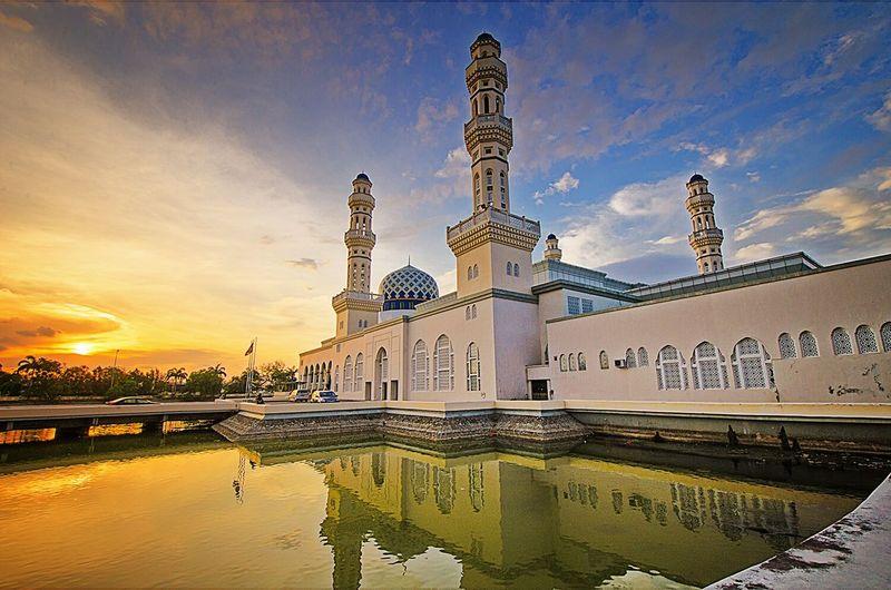Religious Art Mosque Art Photography Landscape_photography Travel Photography Masjid Bandar Raya Kota Kinabalu Sabah Malaysia
