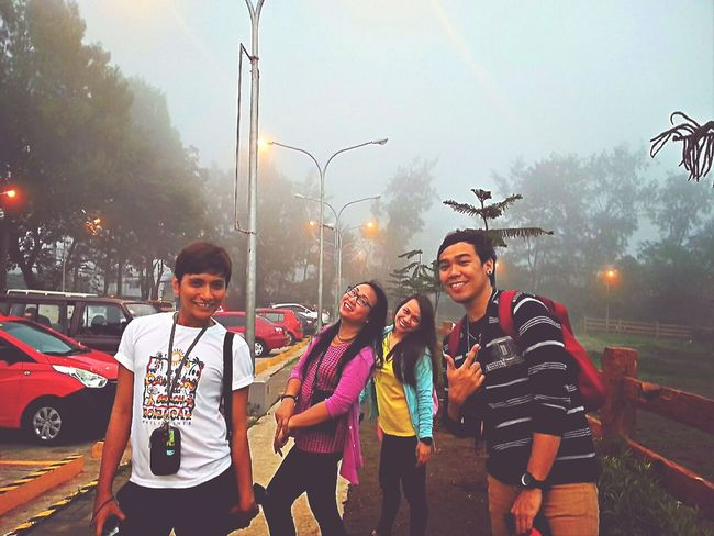 ang ganda ng mga ngiti, kuba naman sa paguwi! Taking Photos Tagaytay City Eyeem Philippines Skyranch