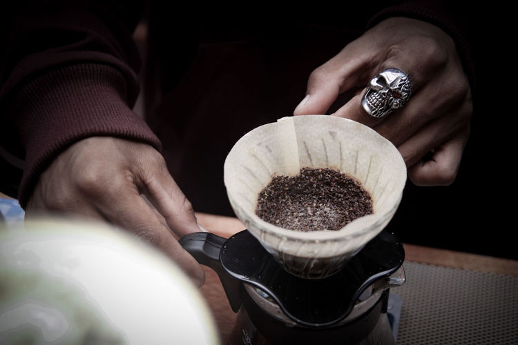 i need coffee Livestyle Singleorigin V60 Pourover Human Hand Holding Preparation  Close-up Black Coffee Coffee The Still Life Photographer - 2018 EyeEm Awards