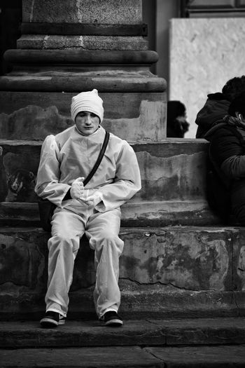 Street Entertainer Black & White Black And White Monochrome Street Photography The Best City In The World Florence Italy Firenze Street View Photography One Person One Man Only Only Men Full Length Adults Only Real People Sitting Day Outdoors Men People Adult