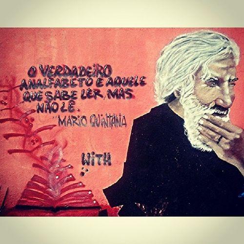 O verdadeiro analfabeto é aquele que sabe ler, mas não lê - Mario Quintana Olheosmuros Leitura Livros Lêr marioquintana