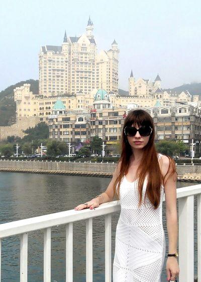 Welcome to Dalian! Dalian City Travelling Beautiful View China ASIA Xinghai City View  People Beautiful Girl Stylish Ladyinwhite