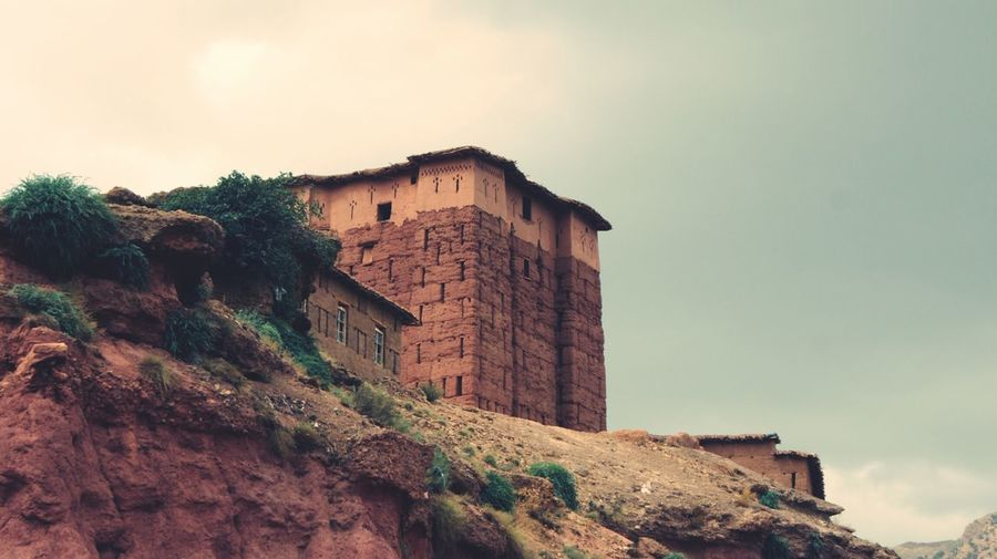 Igherm ( kasbah ) - château - Haute Atlas Marocain Building Exterior House Architecture Old Ruin History Built Structure Abandoned Sky Ancient Outdoors Low Angle View No People Travel Destinations Day Ancient Civilization Rotting Nature