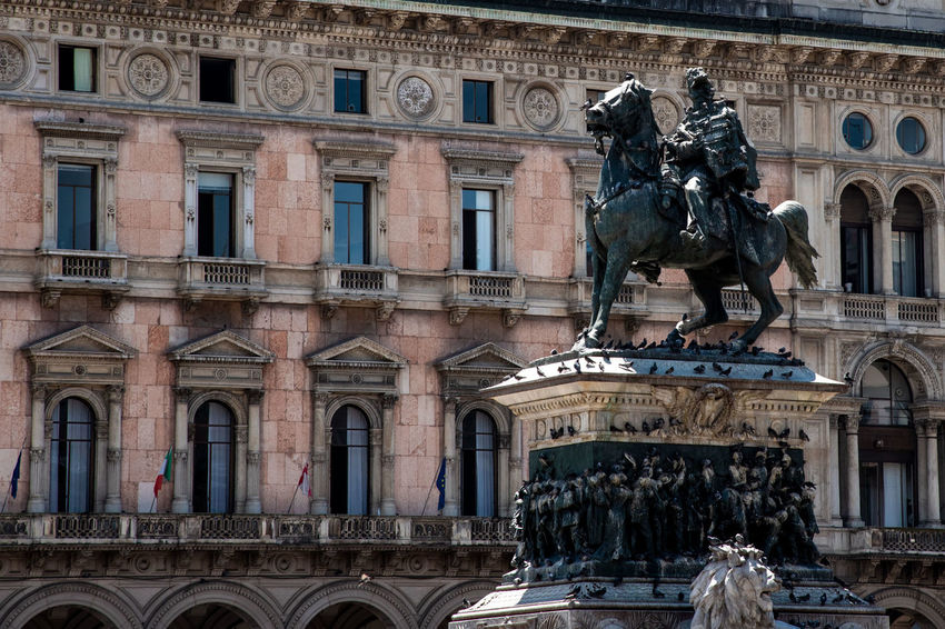 Milanocity City Water Sculpture Statue History Architecture Building Exterior Palace Architectural Column Human Representation