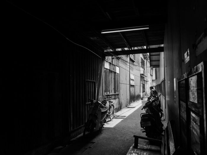 narrow corner Best EyeEm Shot Architecture Bestoftheday Black And White Blackandwhite Building Exterior Built Structure Day Film Photography Indoors  Monochrome No People