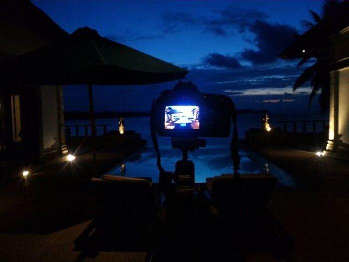 Menunggu sunset kayak seperti menunggu dirimu. Kadang ada kadang tidak ada, kadang indah kadang .... ntah lah Documentary Dailylife Wonderfulkepri  Manfroto Tripod Sunset Bintan