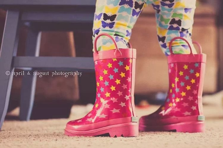 Rainboots Toddlerlife She Has Style  Enjoying Life