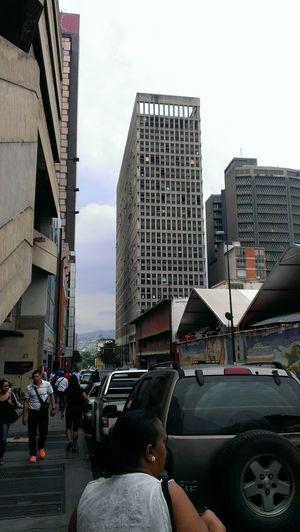 El sábado 10/05 paseando nuevamente y viendo esta nueda realidad Caraqueña Shopping Venezuela