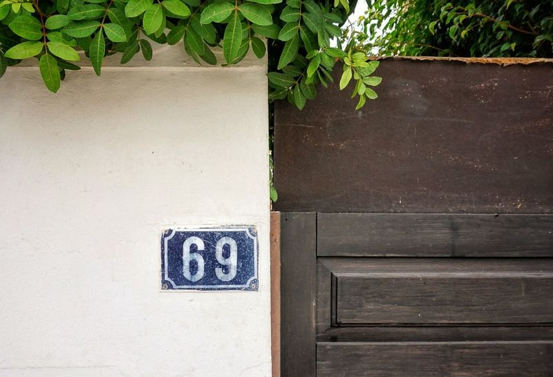 Wood - Material Relaxing Holidays Snapseed Sony A6500 Gran Canaria Outdoors Holiday Holidays ☀ Entry Door Doorway Numbers 69👌 Day No People
