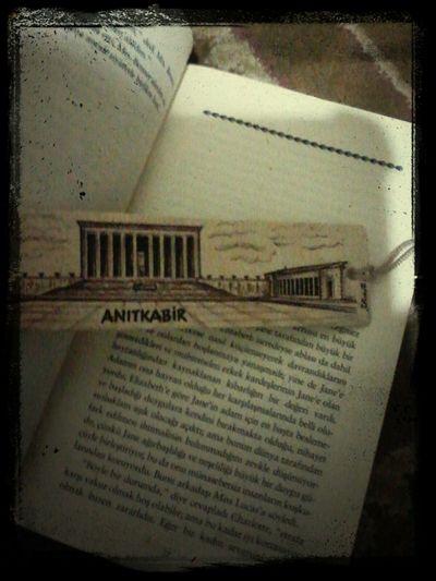 Kitap aralığımın muhteşemliğine gelin lütfen. Reading Pride And Prejudice Mustafa Kemal Atatürk Kitapayraci
