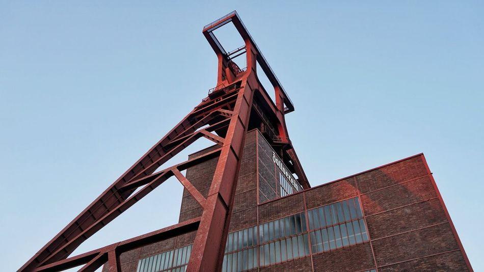 The Zollverein Coal Industrial Complex in Essen, Germany. The Week On EyeEm Zollverein This Week On Eyeem EyeEmBestPics EyeEm Best Shots Essen Germany🇩🇪 Travel Architecture