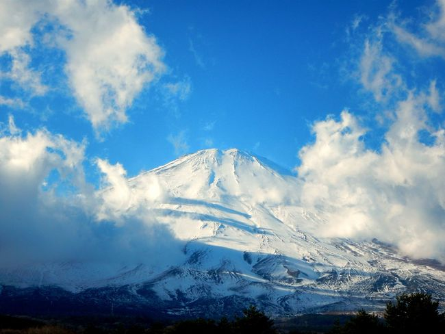 Mt.Fuji wrapped in snow. Dec 26,2015 Enjoying The View Mt.Fuji Nature Nature Photography Landscape AW130
