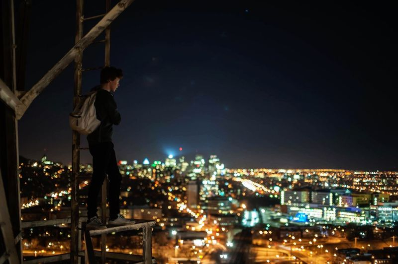 Lurking the night Cityscapes Radiotower