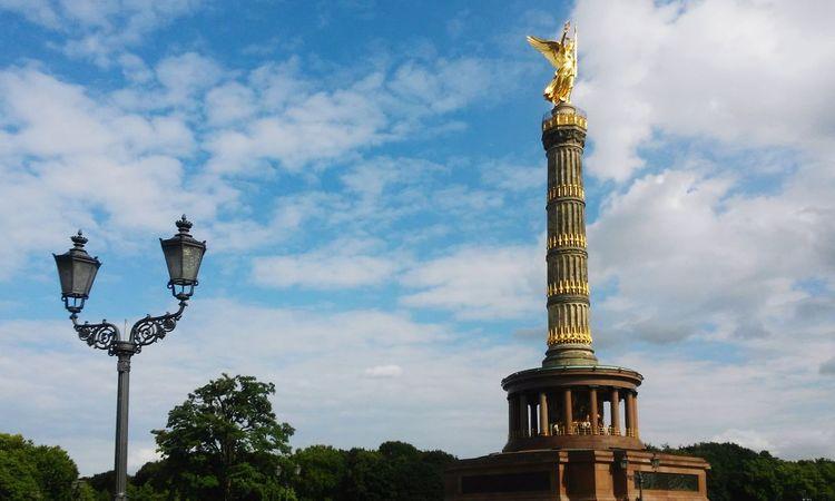 Berlin Siegessäule  Deutschland Germany Tiergarten Cloudy Sky Blue Outdoors No People Travel Destinations Monument