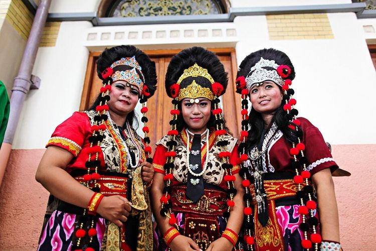 Topeng Cirebon Dancers Wonderful Indonesia Pesonaindonesia INDONESIA Photojournalist EyeEm Masterclass Indonesia_photography Cirebon  Culture Dancers Westjava Cirebon Culture Cultures