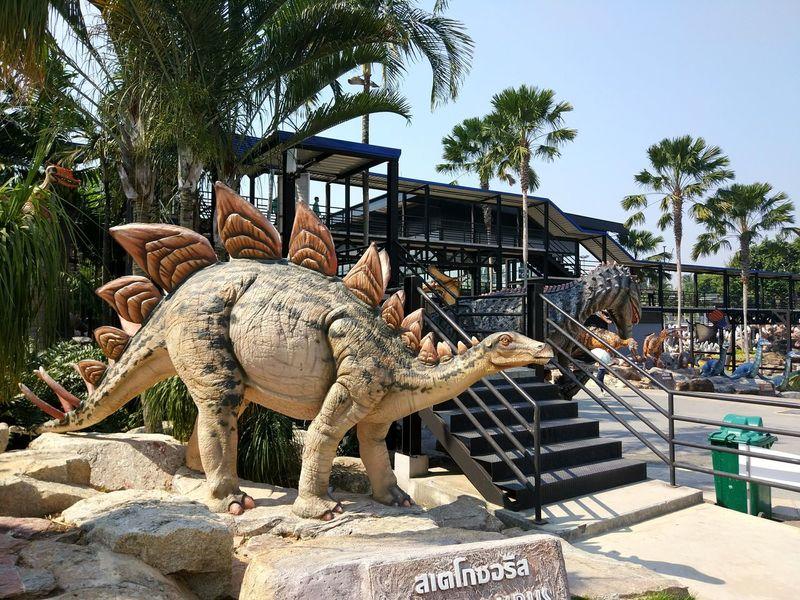 Dinosaur Architecture Tree Representation Art And Craft Sunlight Day Animal Representation Plant Animal Sky Craft Outdoors