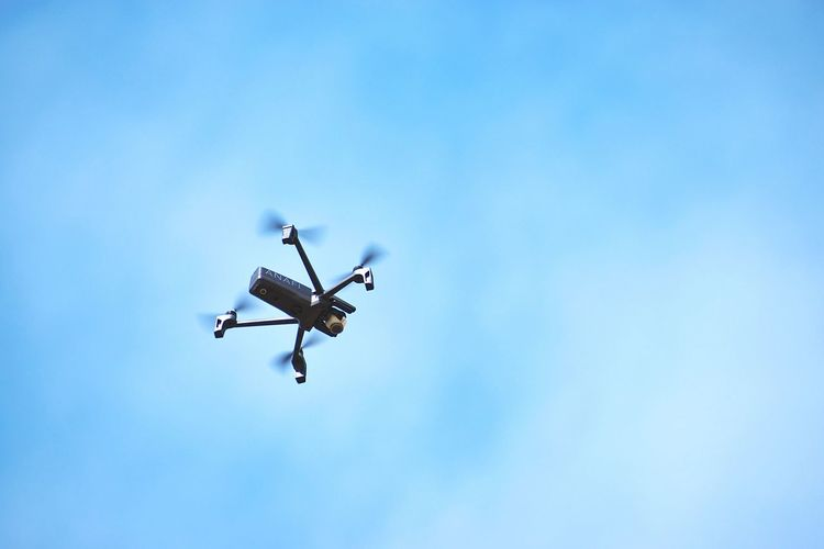 Drone flying Parrot Anafi Sky EyeEm Selects EyeEm Gallery EyeEm Best Shots Drone  Selfie Drone Drone Selfy Close-up Blue Sky Motion Street Fair Airshow Fighter Plane Airplane Flying Clear Sky Technology Aerobatics Air Vehicle Blue Military Airplane Drone  Propeller