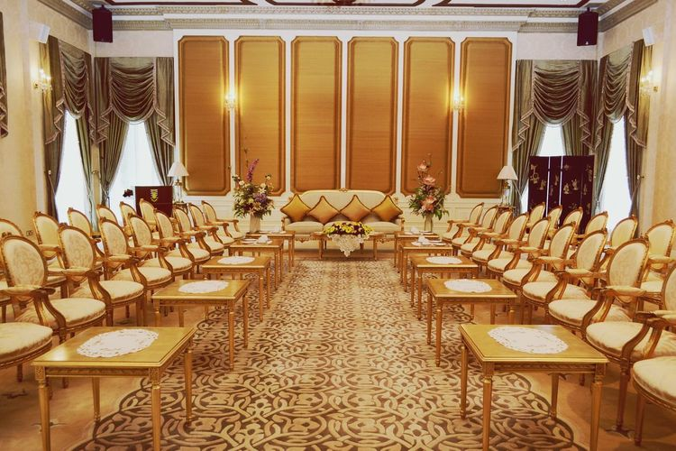 A Golden Meeting Room. Chair Indoors  Luxury Illuminated Arts Culture And Entertainment Lifestyles Home Showcase Interior Architecture No People Politics And Government Day Golden Interior Beautiful Nawfal Film Industry Penang, Malaysia Architecture Painted Walls Conceptual Photography  Full Frame
