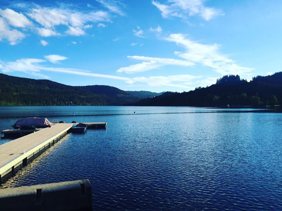 Titisee Schwarzwald Hochschwarzwald Water Lake Sky Tranquil Scene Tranquility Scenics Mountain Blue Cloud Mountain Range Beauty In Nature Nature Day Outdoors Cloud - Sky Waterfront Non-urban Scene No People Sea