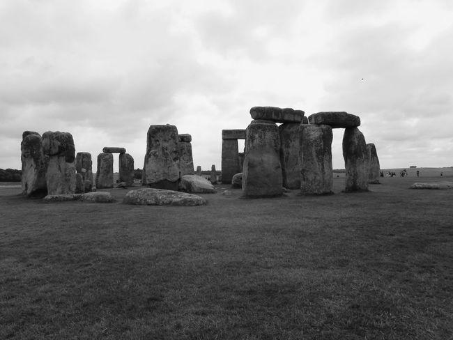 ✨ Stonehenge Memorial Stonehengerocks Sky Cloud - Sky Architecture Built Structure History The Past Nature Travel Destinations Tourism Old Ruin Land Travel