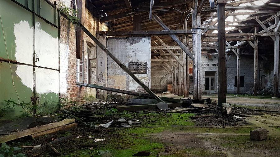 decayed hall