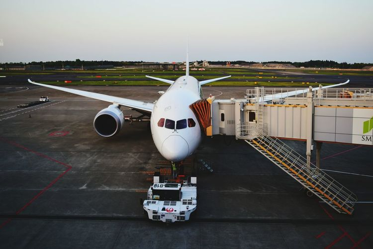 Starting A Trip Helloworld Travelling Holidays Airport Airplane NARITAAIRPORT Japan Airline Passenger Boarding Bridge